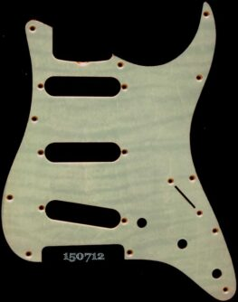mint figured strat maple pickguard 712