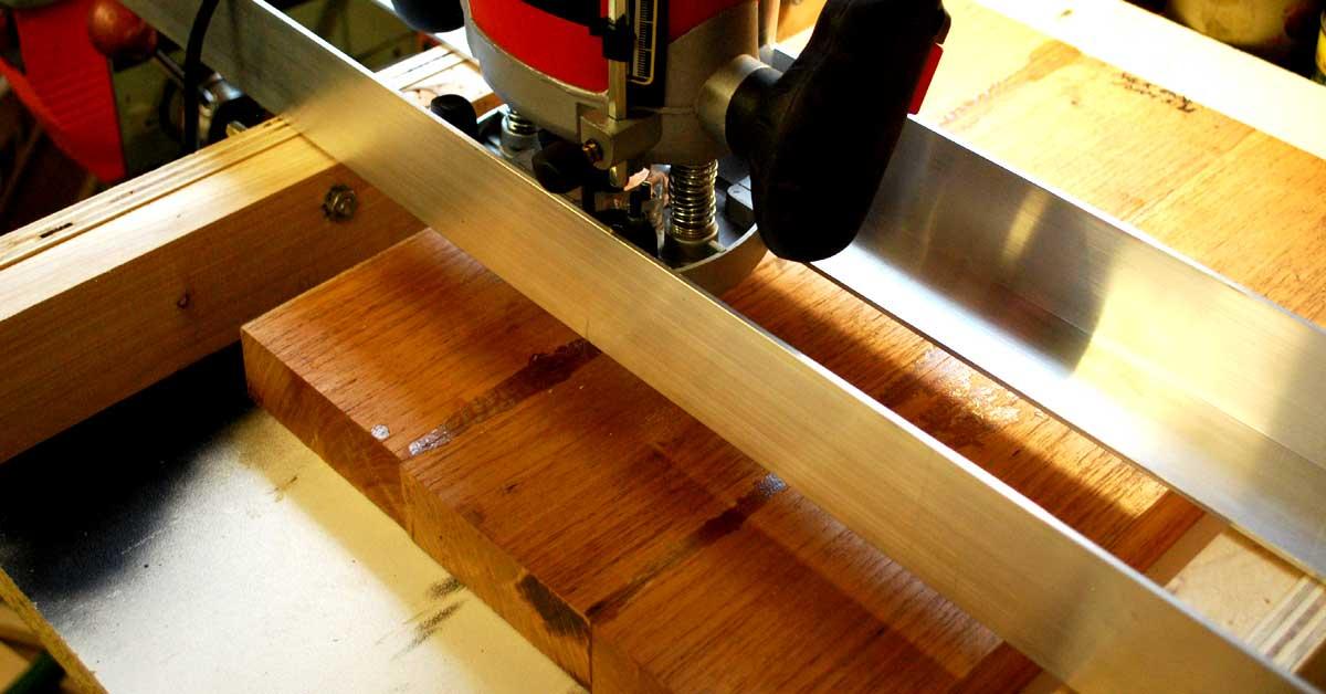 thicknessing Australian Cedar body blank