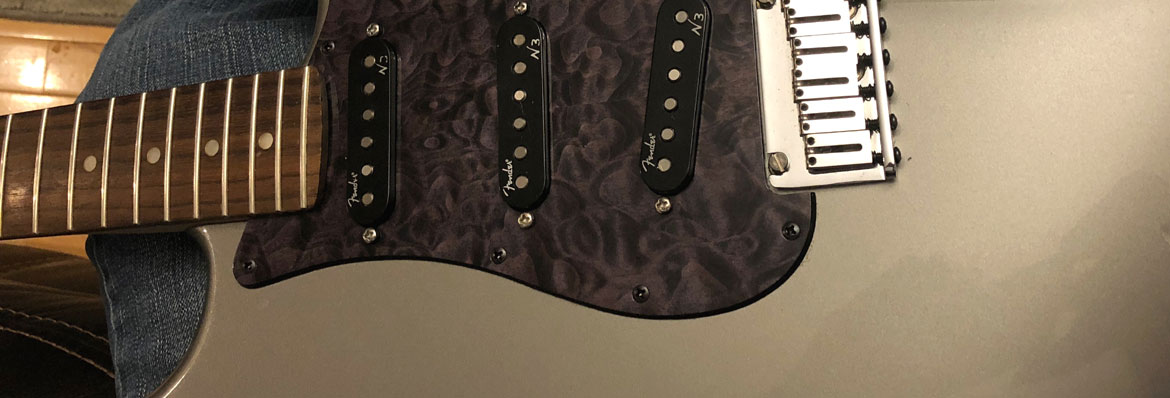 black stain quilted maple pickguard white Strat